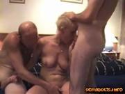 Chubby indian bhabhi aunty showing big boobs pussy mound and ass bathing mms 3gp 2.jpg